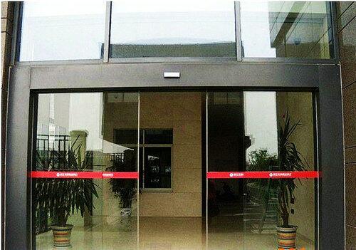 白蕉安装感应门,斗门平移玻璃门价格
