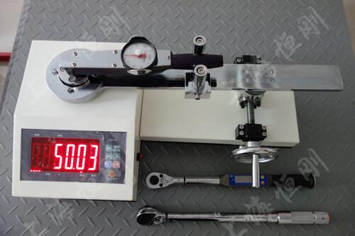 扭力扳手扭力值测试仪图片
